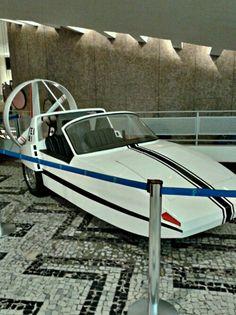 Exposicao de design brasileiro de carros dos anos 70