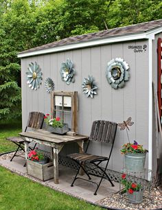 Shed diy - outdoor junk garden shed decor organizedclutter. Garden Junk, Diy Garden, Garden Art, Garden Ideas, Smart Garden, Spring Garden, Garden Pallet, Patio Ideas, Garden Inspiration