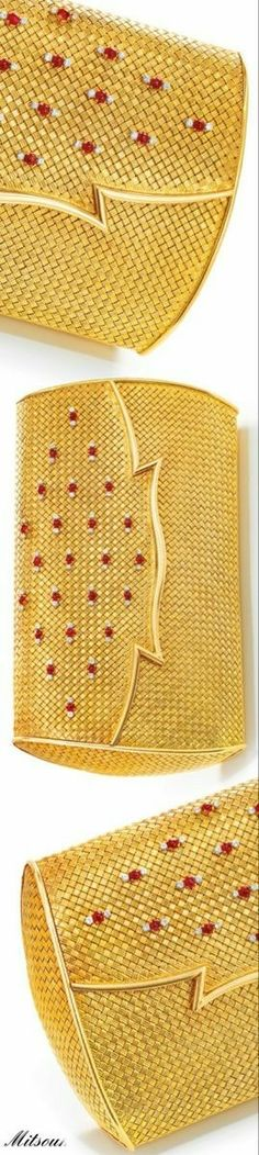 BVLGARI Elite Fashion, Shades Of Red, Bvlgari, Handbag Accessories, Evening Bags, Red Gold, Designer Handbags, Clutches, Diamond