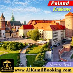 Wawel Castle in Krakow, Poland Book Flight Tickets, Visit Poland, Travel Trailer Remodel, Single Travel, Thailand Travel, Solo Travel, Dream Vacations, Day Trips, Travel Inspiration