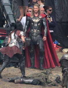 thor the dark world onset photos | Thor on set