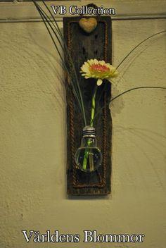 Vår egen VB Collection, med mestadels återvunna saker du inte viste att det är möjligt att återvinna. Världens Blommor Annorlunda blomsterbutik i Skåne Norra Långgatan 16, Landskrona                                     www.varldensblommor.se På vår web sida hittar ni KLICKBARA ikoner för att komma till: PINTEREST FACEBOOK TWITTER INSTAGRAM GOOGLE PLUS GOOGLE MAPS YOUTUBE