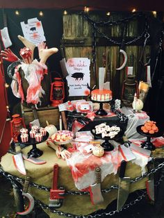 Sally A's Baby Shower / Kate Spade - Kate Spade Inspired Baby Shower at Catch My Party Creepy Halloween Party, Bloody Halloween, Easy Halloween Decorations, Halloween Birthday, Holidays Halloween, Halloween Themes, Vintage Halloween, Yard Decorations, Halloween House