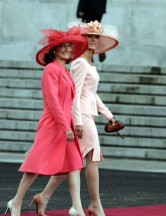 (L)Paloma Rocasolano with her daughter (R)Thelma Ortiz Pocasolano, the mother and sister of Princess Letizia of Spain