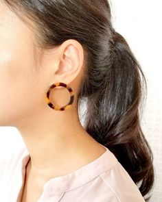 statement earrings,trendy earrings Silver shell stud with marble burgundy acrylic hoop