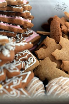 Christmas Snacks, All Things Christmas, Gingerbread Cookies, Sweets, Cooking, Food, Recipes, Deserts, Winter Christmas