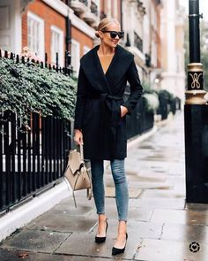 An Effortless Outfit to Wear this Fall Stylish Winter Outfits, Fall Winter Outfits, Winter Fashion, Stylish Eve, Casual Outfits, Fashion Spring, Amy Jackson, Fashion Models, Fashion Outfits