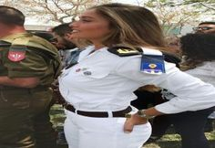 Жены полицейские отжимают с сослуживцами видео