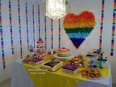 Decoração colorida festa em casa, chá da tarde com amigas, arco íris, decoração de festa simples, feito por mim, decor. By De Coração Festas Afetivas