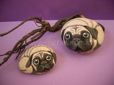 Sassi dipinti - Cani carlino