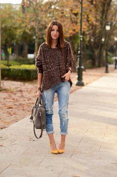 sweater:She inside(au/w 12-13)boyfriend jeans:Suiteblanco(s/s 12)shoes: Zara (old)bag:Tous- Gentlebracelet:DayaDay(au/w 12-13) nailpolish:vant to bit my neck? – O.P.I Euro Centrale Collection(image: lovelypepa)