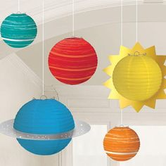 For your birthday, we are even selling off planets. The 5 Space Party Lanterns are the perfect hanging deco… Led Lantern Lights, Party Girlande, Galaxy Decor, Galaxy Art, Astronaut Party, Party Set, Party Games, Paper Balls, Mylar Balloons
