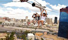 Komend jaar mag Las Vegas een nieuwe zipline verwelkomen op de Strip. Dat ziplines hot zijn is inmiddels wel bewezen. Dat heeft Ceasars Entertainment Corporation, eigenaar van onder andere Caesars Palace, Planet Hollywood, The Cromwell en 'The LINQ Promenade', ook opgemerkt. Zij kondigen deze maand de Fly LINQ aan, een zipline over de LINQ outdoor shopping plaza. Dit is een winkelpromenade met talloze restaurants, bars en shopping faciliteiten. In het voorjaar van 2018 kunnen bezoekers deze…