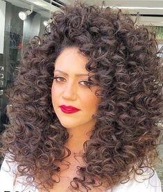 Pin by 🎀 fluffy 🐩 muffy 🎀 on big hair in 2019 парикмахер Hair Perms, Perm Hair, Curls Hair, Crimped Hair, Spiral Curls, Curl Curl, Big Curls, Permed Hairstyles, Fashion Hair