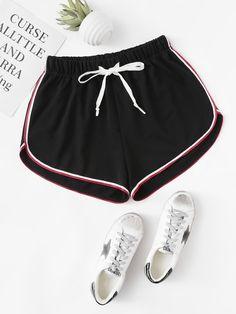 Shorts esportivos femininos