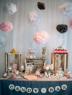 Hochzeit von Cornelia und Marcel - 2015 in Marina Lachen, Schweiz Candy Bar DIY --> Miles de ideas como ésta para ti en este tablero. Te las vas a perder? Garland Wedding, Diy Wedding, Wedding Decorations, Decoration Party, Wedding Ideas, Candy Table, Candy Buffet, Deco Baby Shower, Wedding Planer