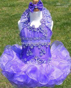 Affordable Girls Pageant Dresses Halter Neckline Appliques Beaded Sequins Handmade Flowers Little Girls Cupcake Dresses http://www.dhgate.com/product/2013-affordable-girls-pageant-dresses-halter/167684405.html