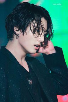 That wet hair. Jung Kook, Jung Hyun, Busan, Jungkook Oppa, Bts Bangtan Boy, Taehyung, Jikook, K Pop, Seokjin