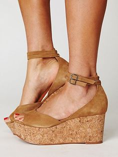 Shoes like these for @dayhilburn 's wedding. Super high platform wedges for my long skirt!
