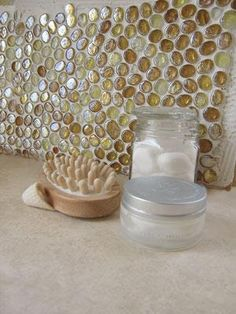 Glass pebbles backsplash! I know you can get a lot of these at dollar tree. This is such a good idea!