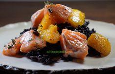 Un riz noir sublime cuit à la vapeur, à déguster nature avec du saumon mi-cuit et de la mangue. Pork, Eggs, Meat, Breakfast, Nature, Black Rice, Mango, Salmon, Fish
