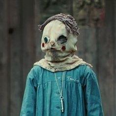 Et L'Orphelinat (2007) | 22 films d'horreur internationaux que tout le monde devrait regarder