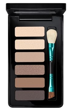 This limited edition 'Enchanted Eye -Warm' MAC palette has all bases covered. Can't wait to try a natural, nude look, soon!
