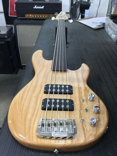 Here's a fretless L-2500 in Natural Gloss over swamp ash, quartersawn maple neck with rosewood board and Clear Gloss neck finish. CLF078281 is headed to G&L Premier Dealer Watermelon Music in Davis, California. GL Musical Instruments