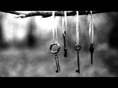 Θοδωρής Κοτονιάς -Τα κλειδιά (με στίχους) - YouTube