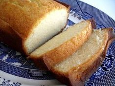 Condensed Milk Pound Cake - Adding Melted White Chocolate To This Recipe Takes It Over The Top! Just Desserts, Delicious Desserts, Dessert Recipes, Yummy Food, Breakfast Recipes, Tasty, Condensed Milk Pound Cake Recipe, Pound Cake Recipes, Pound Cakes
