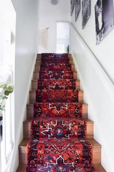 How to install a stair runner? Look no further! I will share how we installed out extra long runner rug on stairs in this post. Read on! Source by crickard Rugs Stair Rug Runner, Staircase Runner, Stair Rugs, Rugs For Stairs, Carpet Runner On Stairs, Hallway Runner, Extra Long Runner Rug, Long Runner Rugs, Rug Runners