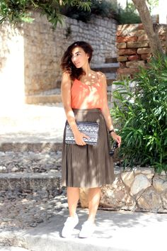 Zara Khaki Midi Skirt Plisse Pleated Skirt Midi Outfit Fashionblogger Berlin Samieze Modeblog Inspiration Kombination Midi Rock