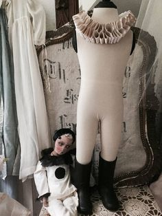 Napoleon mannequin child  not old with collar rare
