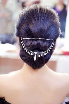 strandofsilk: #India | #Hairstyle | #beauty | #elegant | #girl