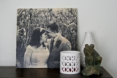 How to transfer a black & white photo onto a wood. (Make sure you use print the photo out using a laser printer and not an inkjet printer). Gotta try this . . .