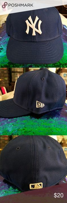 a87a13ac706c0 NY Yankees Baseball Cap Blue fitted cap with white NY LOGO. Gently worn New  Era Accessories Hats