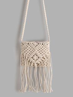 SheIn offers White Tassel D… Shop White Tassel Detail Straw Crossbody Bag online. SheIn offers White Tassel Detail Straw Crossbody Bag & more to fit your fashionable needs. Macrame Purse, Macrame Knots, Diy Macrame Wall Hanging, Macrame Mirror, Macrame Curtain, Micro Macramé, Macrame Tutorial, Cheap Bags, Macrame Patterns