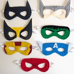 Create superhero masks with these free templates and a tutorial. Make them with felt or use them as a printable to color at your superhero party!