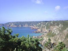 Îles anglo-normandes, UK : Guernsey's cliffs