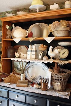 68 ideas vintage kitchen hutch display for 2019 Hutch Display, Dish Display, China Cabinet Display, Cabinet Decor, Kitchen Dresser, Kitchen Furniture, Kitchen Decor, Paint Furniture, Furniture Makeover