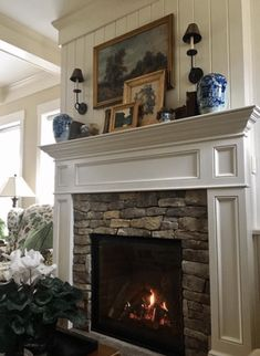 A Farmhouse in Virginia With English Country Charm – Blue and White Home. Love the fireplace, furniture, sun room Cute Dorm Rooms, Cool Rooms, Living Room Designs, Living Room Decor, Country Decor, Country Charm, French Country, Home Fireplace, Fireplaces