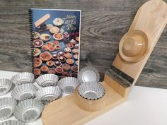 FlutedTart Press collection makes a wonderful gift for that special someone in your life who enjoys baking. The set includes a handcrafted solid wood tart press with high quality lacquer finish, Tasty Tarts & Pies cookbook and 12 fluted tart pans . How To Make Pie, Tart Pan, Flute, Dots, Tasty, Birds, Stitches, Flutes, The Dot