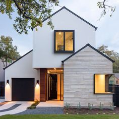 Texas architecture firm Dick Clarke + Associates has completed a home in the state's capital Austin, modifying a half-built spec house to suit the new owners' needs. - Texas architecture firm Dick Clarke + Associates has completed a home in the sta. Siding Colors For Houses, Exterior Siding Colors, House Colors, Exterior Design, Exterior Windows, Stucco Exterior, Cafe Exterior, Colonial Exterior, Restaurant Exterior