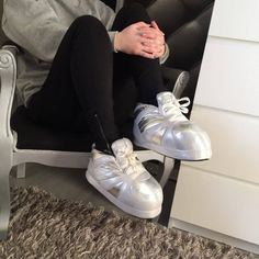 Les 10 meilleures images de Girly | Chaussons, Chaussons