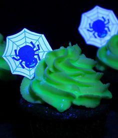 Cupcakes que brilham no escuro • Cupcakes, bolinhos e outras delícias