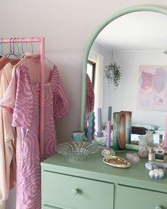 Room Design Bedroom, Room Ideas Bedroom, Bedroom Decor, Bedroom Inspo, Pastel Room Decor, Cute Room Decor, Pastel Bedroom, Room Ideias, Indie Room
