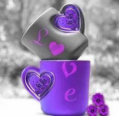 La felicità la trovi nelle piccole cose... E nella capacità di apprezzarle....♡ The Purple, All Things Purple, Shades Of Purple, Love Heart Images, Beautiful Images, Heart Wallpaper, Love Wallpaper, Color Splash, Splash Photography