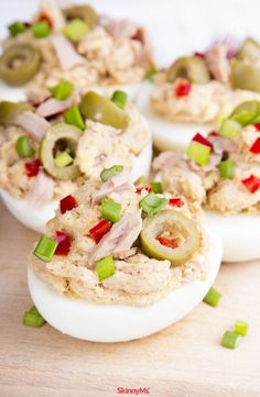 Tuna salad meets deviled eggs in this delectable stuffed eggs recipe. Packed with protein, this dish makes a substantial snack to munch on between meals and curb cravings. Healthy Meals For Kids, Good Healthy Recipes, Healthy Snacks, Healthy Eating, Clean Eating, Healthy Sides, Simple Recipes, Skinny Recipes, Diabetic Recipes