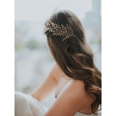 SOFIE HEADPIECE GOLDEN CRYSTALS (300 NZD) ❤ liked on Polyvore featuring accessories, hair accessories, hair, bridal hair accessories, bridal feather hair accessories, feather hair accessories, bride hair accessories and golden hair accessories