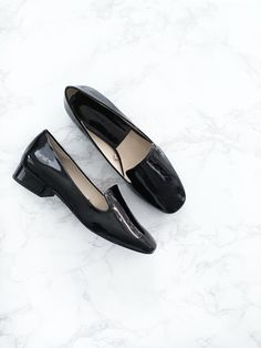 92b2831700c70 Black patent leather flat shoes. So comfy for traveling! Black Patent  Leather